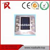 Venda a quente de plástico de alumínio IP68 Intermitente Prisioneiro Estrada Solar