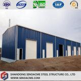 La costruzione d'acciaio prefabbricata per il workshop con rotola in su il portello