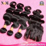 O cabelo indiano do Virgin com a onda do corpo do fechamento 3 pacotes com cabelo de Facebeauty do fechamento com fechamento empacota o cabelo humano com fechamento