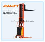 Hot Sale 1.5ton (hauteur de levage: 3.5 mètres) Stacker semi-électrique (SPN1535) avec certification Ce