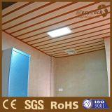 Потолок просто установки составной деревянный, плоская поверхность