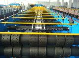 Roulis de matériau de construction de Decking formant la machine