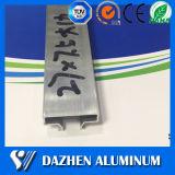 Slatwall 알루미늄 단면도를 위한 주문을 받아서 만들어진 공장 가격 알루미늄 채널 삽입