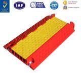 Protecteur en caoutchouc de câble de rampe de PVC de rampe jaune durable lourd de câble