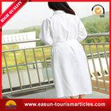 Albornoz al por mayor de Microfiber del hotel con el precio barato (ES3052304AMA)