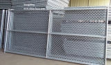 水平および縦の十字棒が付いている一時チェーン・リンクの塀のパネル