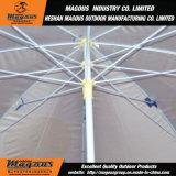 옥외 일요일 우산을 광고하는 강철
