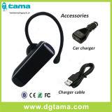 車の充電器およびマイクロUSBの充電器ケーブルが付いているBluetoothのイヤホーン