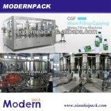3 dans 1 machine remplissante et recouvrante d'eau de source de production