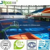 Pavimentazione di gomma del campo da pallacanestro dell'interno