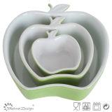 Un vassoio di ceramica di tre formati nella figura di Apple