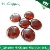 赤いガラス宝石用原石の火ピット