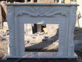 Mensola del camino di marmo bianca del camino di stile tradizionale di alta qualità della Cina