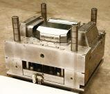 冷却装置引出しの透過プラスチック部品の注入型