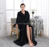 Comercio al por mayor y personalizado de calidad superior más larga franela cálido albornoz de lana para el hogar Hotel