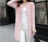 女性の冬のセーターの工場のための新しいデザイン長いカーディガン