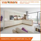 Cabina de cocina de madera de la laca del PVC del nuevo diseño hecha en China