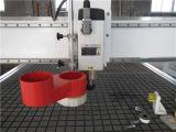 Taglio di legno dell'incisione del legno della macchina del router di CNC di falegnameria di industria che intaglia macchina