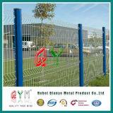 熱い販売によって電流を通される溶接された網の塀/3D金属の塀