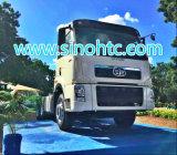 中国の最も早いトラックの製造業者FAWのトラクターヘッドトラック