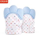 Het vrije Tandjes krijgen Teether van de Baby van het Silicone van de Steekproef Duurzame/de Tandjes krijgende Vuisthandschoen van /Babies van de Handschoen