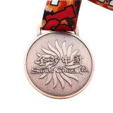 金属のカスタマイズされたデザイン(MD04-C)の銅3Dマラソンのスポーツメダル