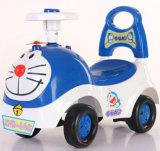 Passeio de bebé para crianças de plástico barato no carro dos pés para andar