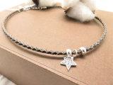Hand-Woven革コードの黒のジルコニアの星の魅力の方法チョークバルブのアクセサリ