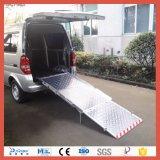 Fauteuil roulant manuel de la rampe pour fauteuil roulant manuel pliant Van (BMWR-3)