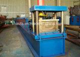 屋根ふきのトラスC Z母屋の機械を形作る鋼鉄家ロール