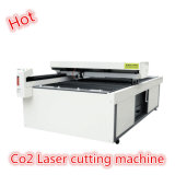 Macchina del laser Cutting&Engraving del CO2