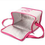 Студенты выполните плечо женская сумка для пикника упакованный обед охладителя