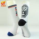 Mann-laufende Sport-Socke kundenspezifisch anfertigen