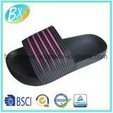 Pattini comodi del sandalo di EVA per le donne