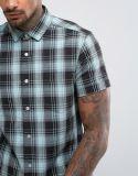 Camicia adatta dell'assegno del Regular con la camicia del collare del Grandad