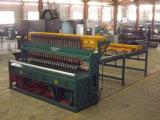 Zaun-Schweißens-Ineinander greifen, das Maschine herstellt