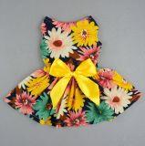 ペット優雅な花のリボン犬のワイシャツのベストSundressは服装に着せる