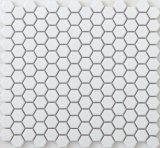 Белый с шестигранной головкой покрыты керамической плиткой в ванной плитка