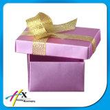 생일 케이크를 위한 작은 서류상 포장 부대