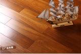 Пол твёрдой древесины деревянного настила Teak классицистическим проектированный цветом разнослоистый