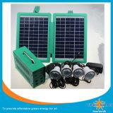 avec les nécessaires solaires d'éclairage d'éclairage LED de 4PCS 1W