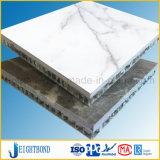 Statuari大理石の磨かれた白いカラー石のアルミニウム蜜蜂の巣のパネル