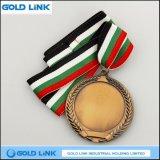 Le souvenir ouvre le médaillon en laiton antique en métal de médaille de blanc de médaille