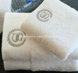100%年の綿の刺繍のロゴのホテルまたはホームタオル