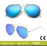 Neues Großhandelscer der Form-Frauen-Sonnenbrille-UV400 (116-A)