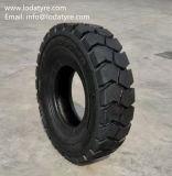 7.50-15 28X9-15フォークリフトの産業タイヤ