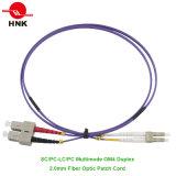 Cordon de connexion à plusieurs modes de fonctionnement duplex recto de la fibre optique 50 Om4 de LC/Sc/FC/St PC/Upc/APC