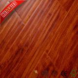 Preiswerter Preis prägte das lamellierte Bodenbelag-Laminat, das 12mm ausbreitet