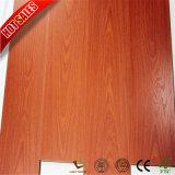 Preiswerter Preis-Buchenholz-Russland-lamellenförmig angeordneter Bodenbelag