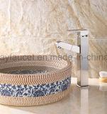Grifo barato del cuarto de baño del lavabo de 2017 accesorios de la venta caliente